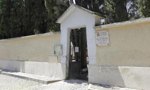 cimitero isola farnese